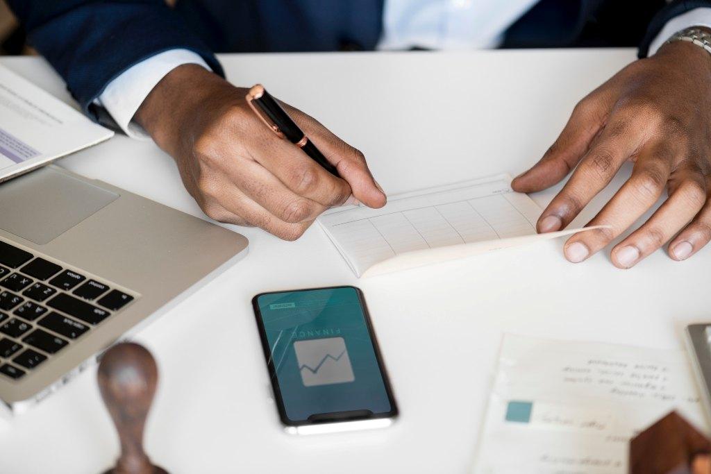 محیط ، اهداف و استفاده کنندگان از حسابداری مالی